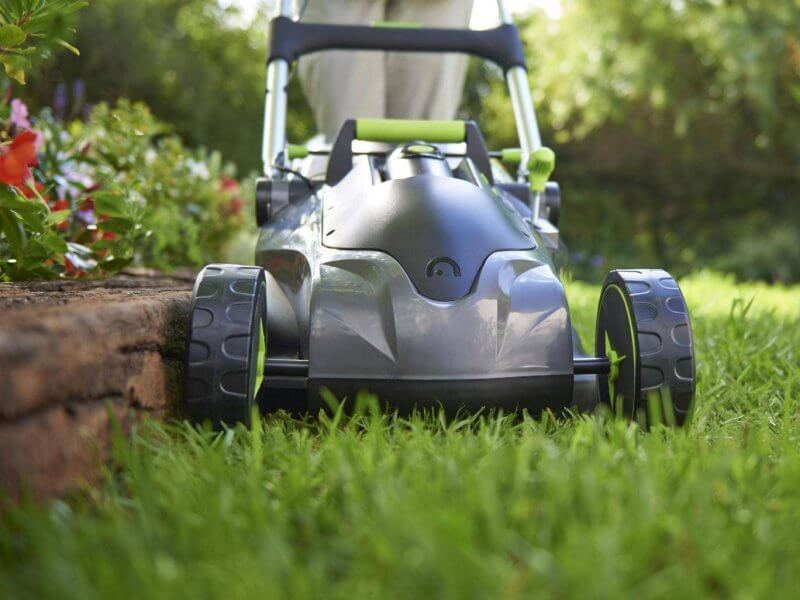 How Choosing Best Lawn Mower